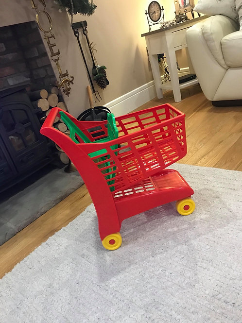 Plastic shopping trolley  - Collection only M29