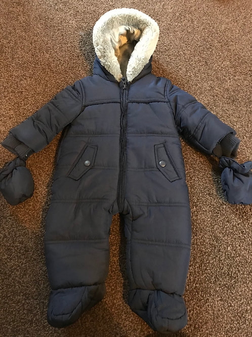 Brand New (without tags) fur lined snowsuit 3-6 Mths
