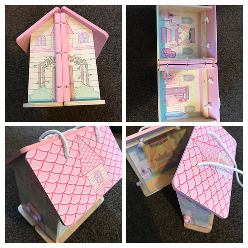 Brand new doll's house carry case - £4