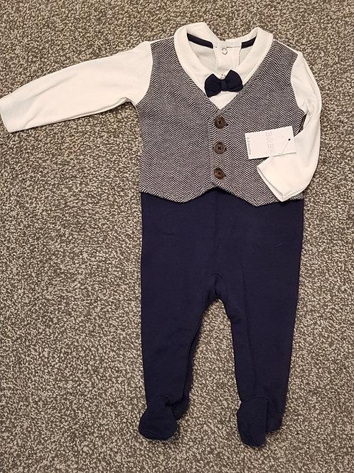 Baby Tuxedo 0-3 months - Brand new
