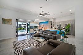 2016 SW 44th Terrace Cape-large-018-048-