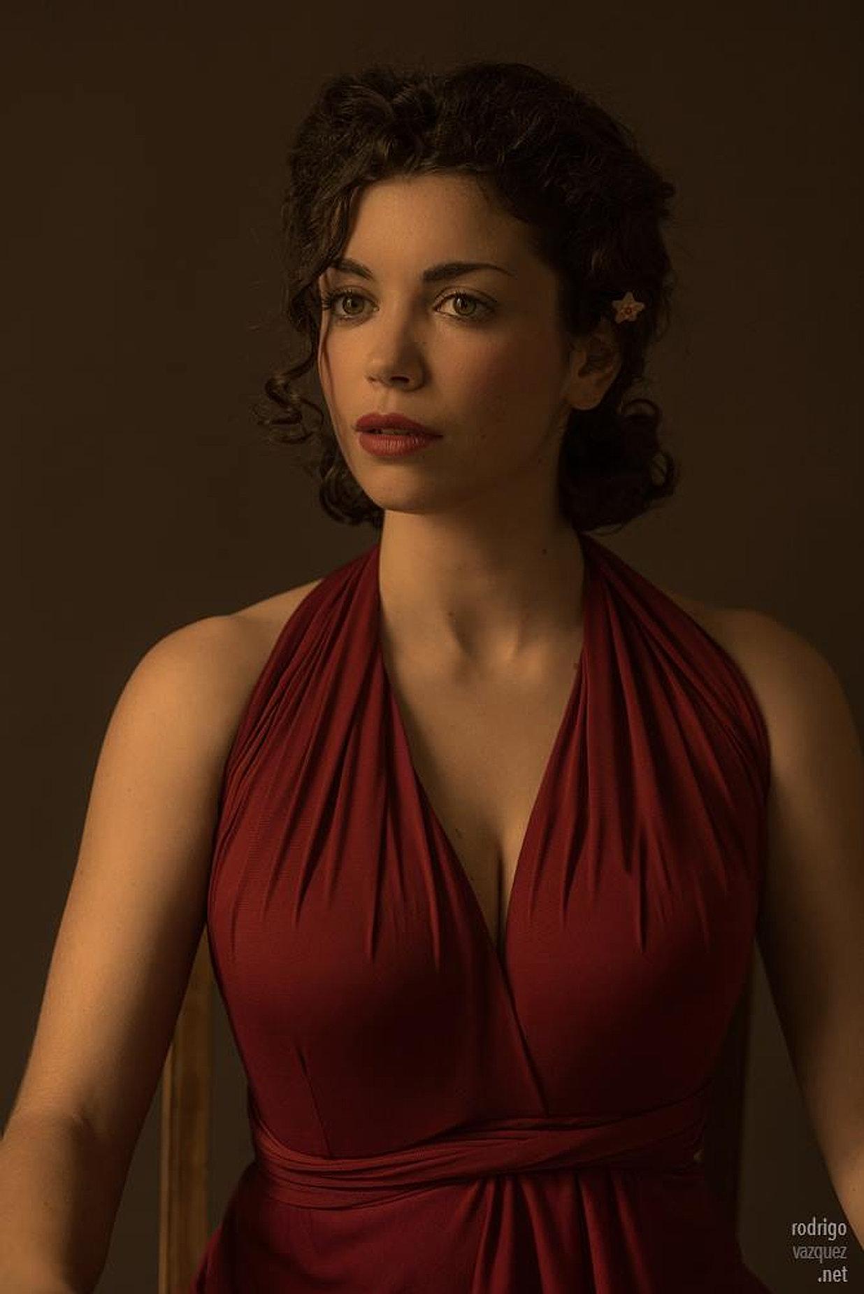 web oficial de la actriz carol rovira