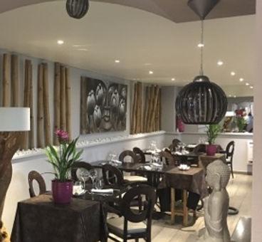 Salle de restaurant moderne le Senso Ville-en-Sallaz