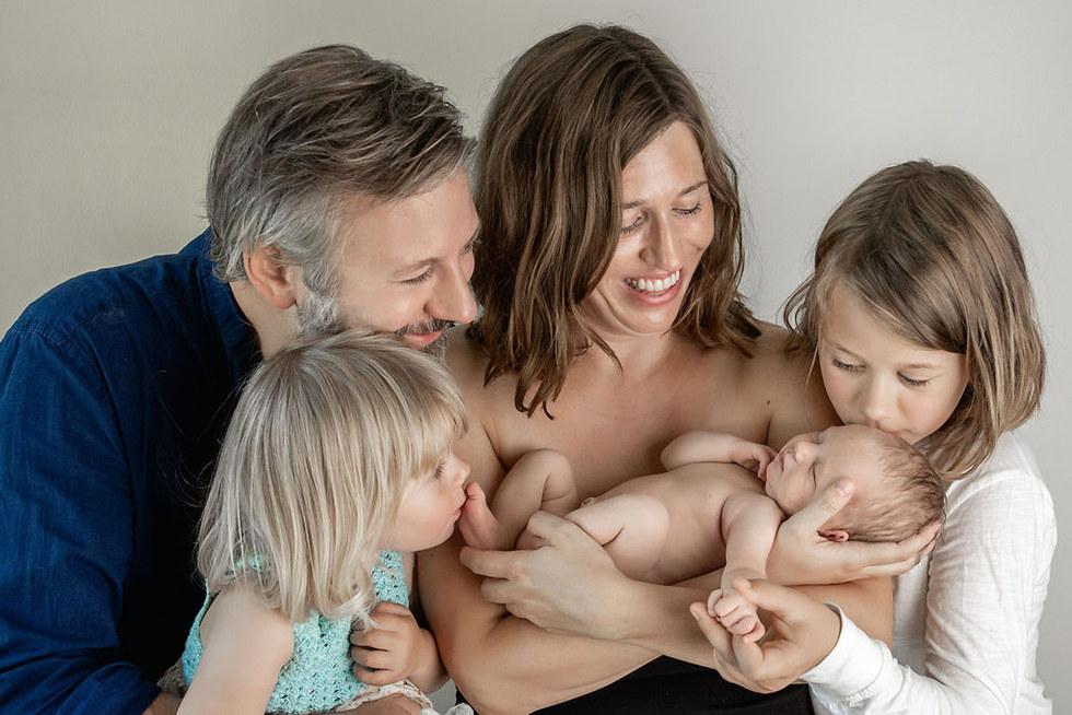 nyfødtfotografering oslo, newborn, familie