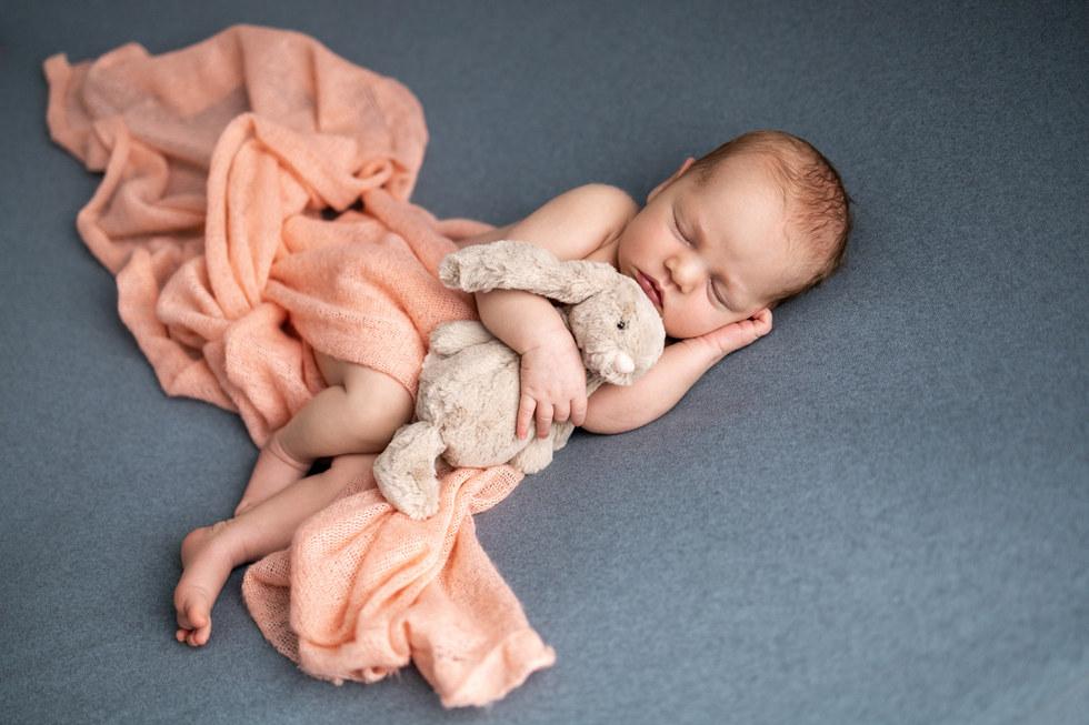 nyfødtfotografering, baby, familiefotograferingnyfødtfotografering, baby, familiefotografering
