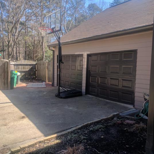 Garage Door Before 004