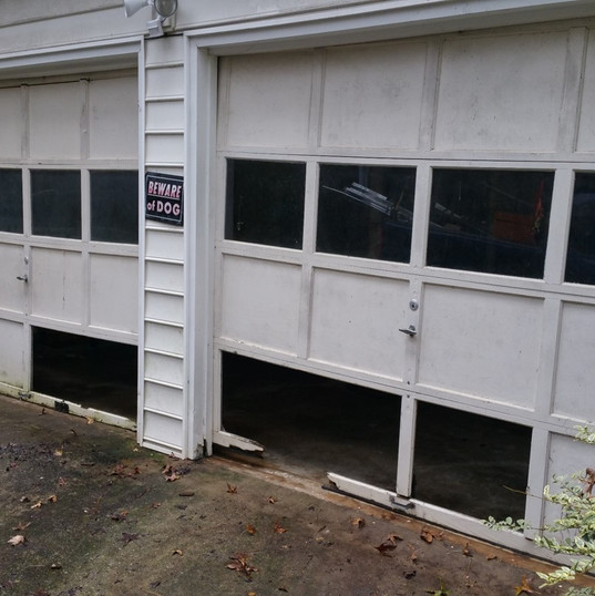 Garage Door Before 0012