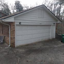 Garage Door Before 007