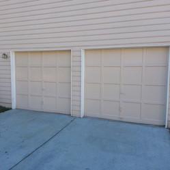 Garage Door Before 0010