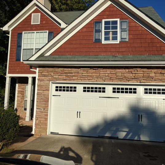 Garage Door After 003