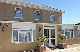 B&B. Bed and breakfast guest house Sandown Isle of Wight.  Our Bed and Breakfast is located just a few minutes walk from Sandown's beautiful sandy beach and close to the shops, bars and restaurants.