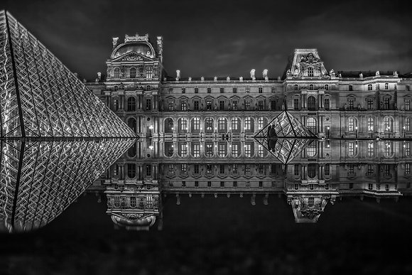 ***Louvre***