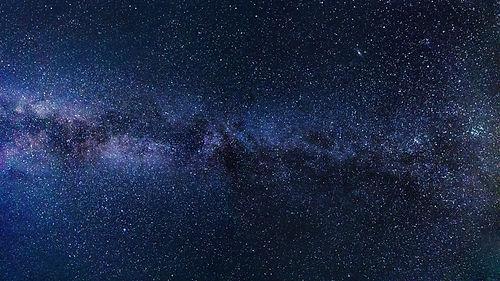Raum der Begegnungen | Monika Hromadka | Hallein | Sternzeichen