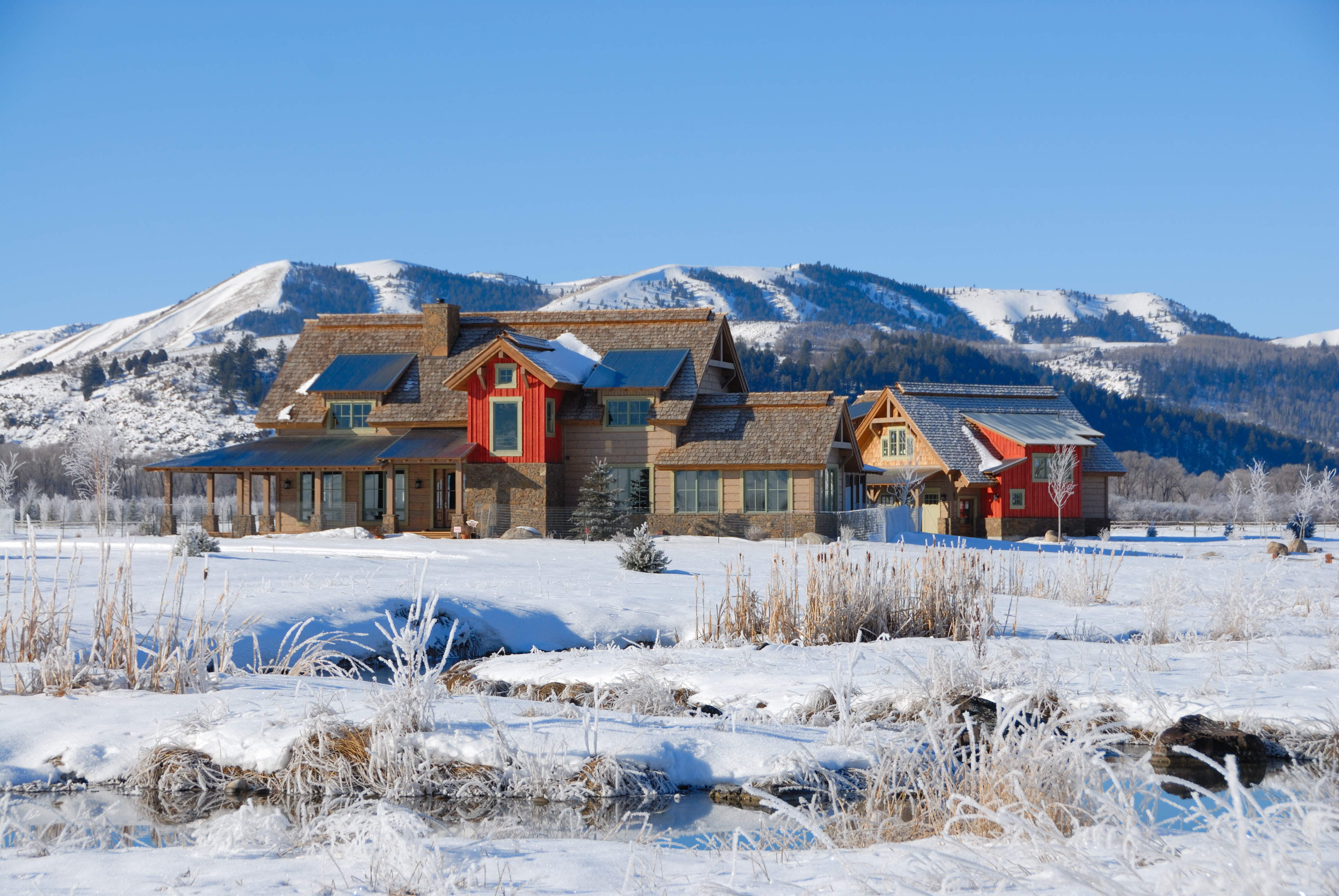 Luxury Home Mountains Winter