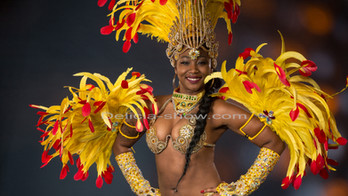 Danseuse costume jaune.jpg