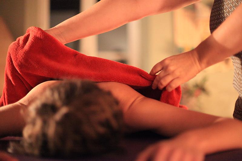 Massage Cénesthésic, Lyon, France, Les Ailes en Soie