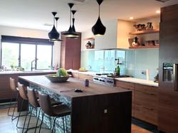 Kitchen-2_edited