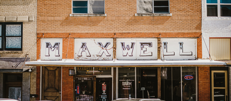Vintage Signs in Waxahachie