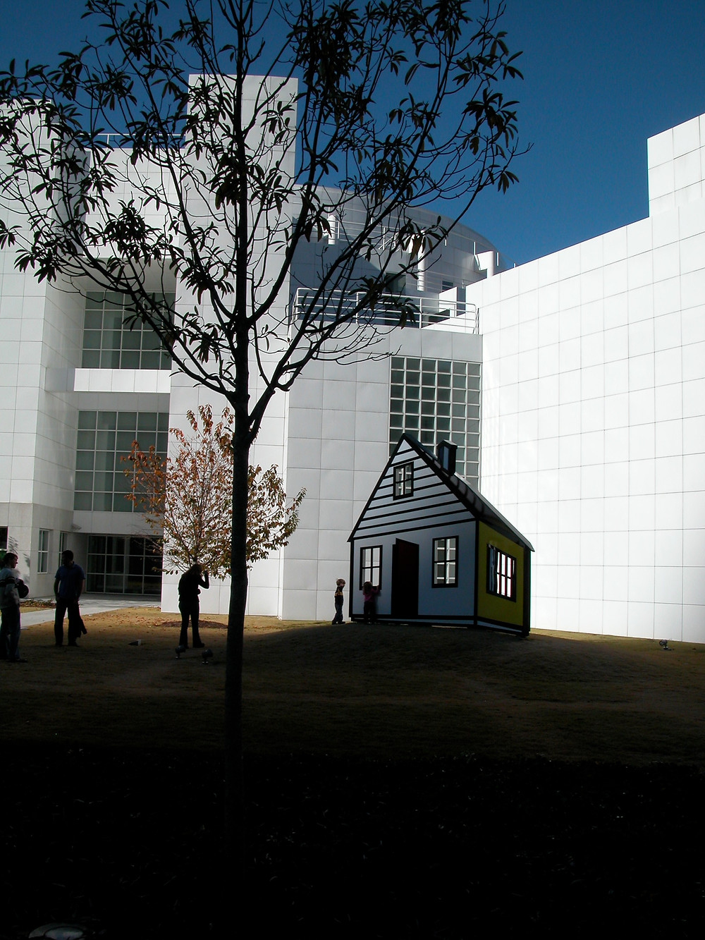 exterior of the high museum of art in Atlanta