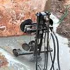 Corte em bloco de concreto com fio