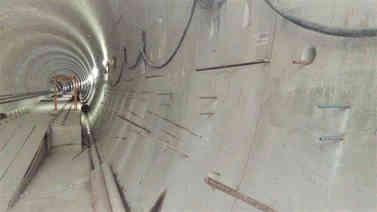 Passarela túnel metro SP