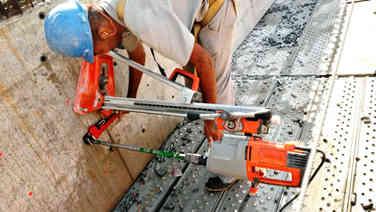 Perfuracao concreto ancoragem de laje