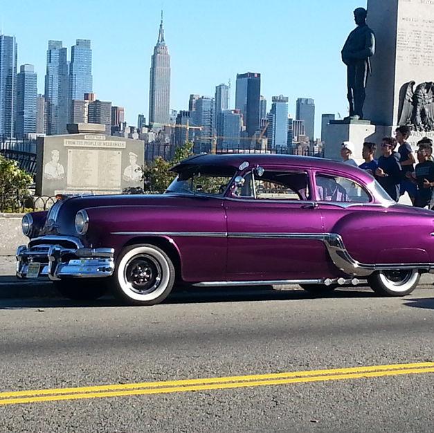 1954 Pontiac Chieftain Deluxe