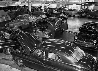 fordfactory1949.jpg