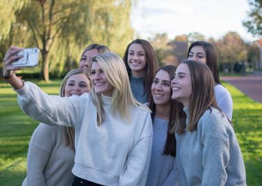 AOPii Selfie