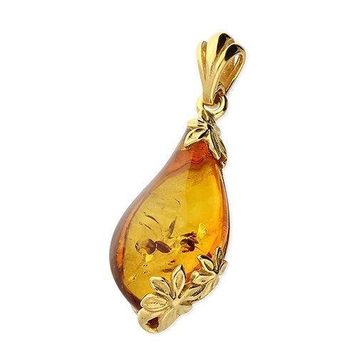 Flower Oval Amber Pendant