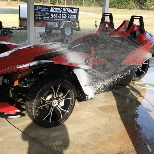 Foam bath for this dirty Slingshot