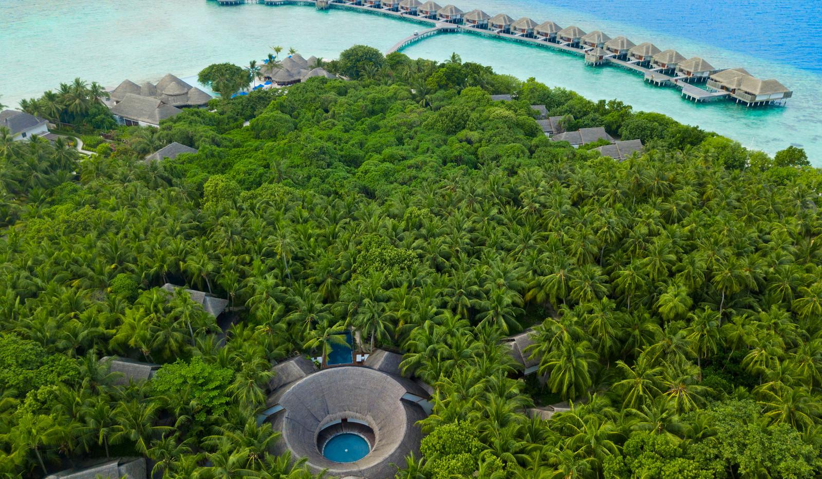 Dusit_Thani_Maldives_Aerial-2531-3.jpg