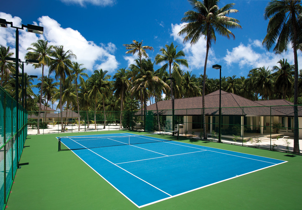 TENNIS COURT WITH SPORTS CENTRE.jpg