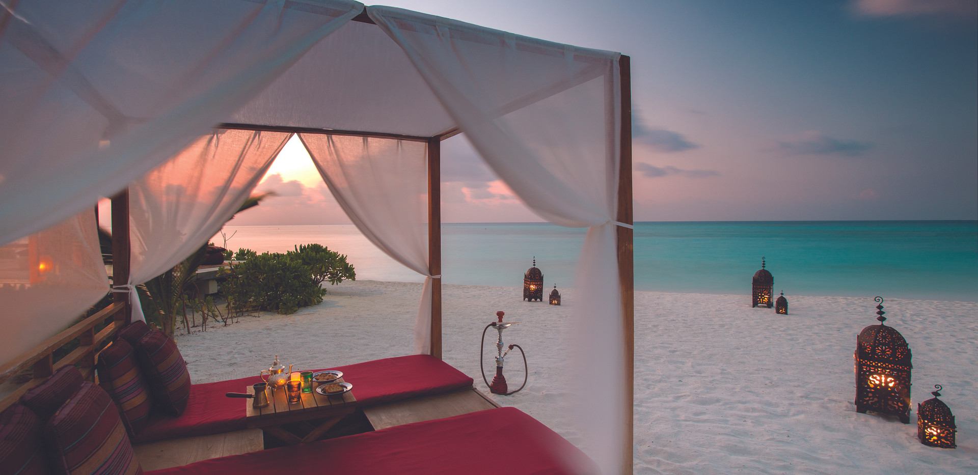 BEACH FRONT CABANAS AT SUNSET - ATMOSPHE