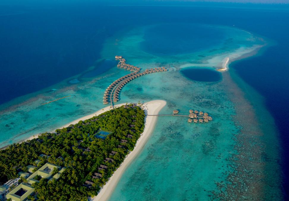 Vakkaru Island Aerial_Blue Hole.jpg