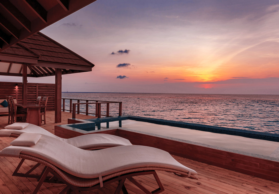 The-Water-Suite---Pool-Deck-at-Sunset---
