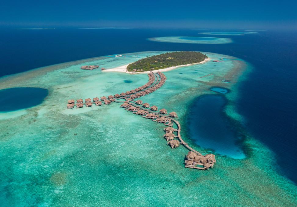 Vakkaru Maldives_Island Aerial Shot.jpg