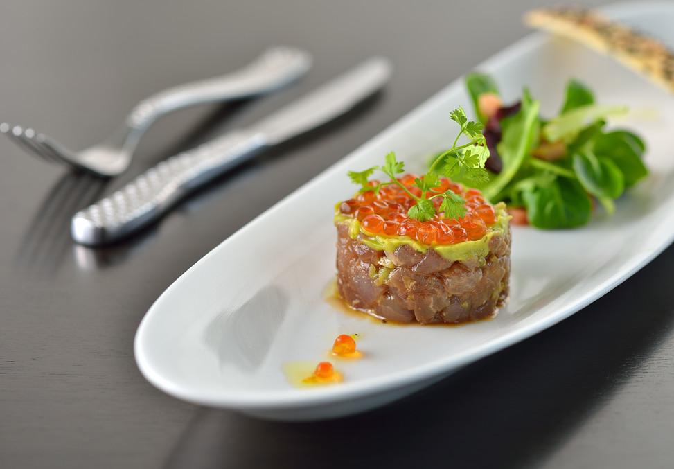 FOOD SHOT - Kanifushi Tuna Tartar with s