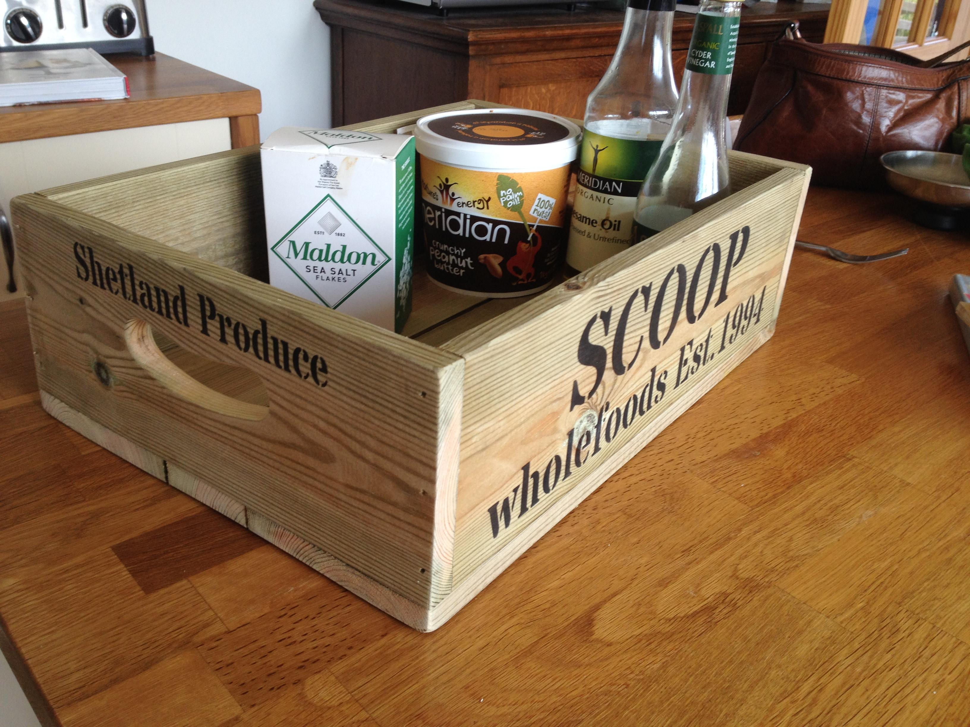 Smaller Fish box for Shop display