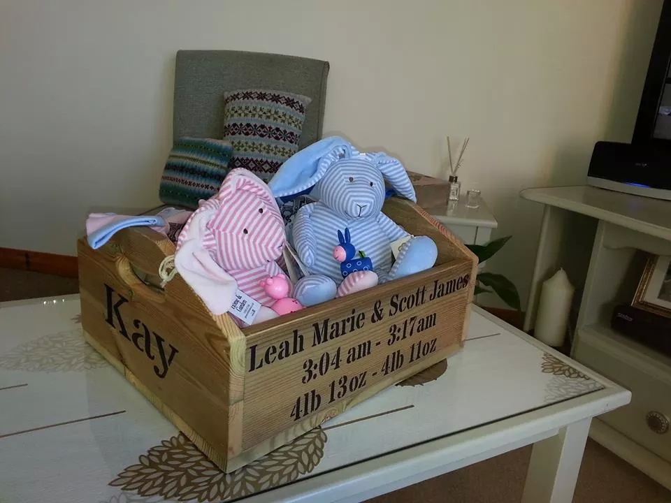 HELLY BOX FOR TWINS