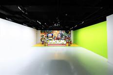 A Studio正面