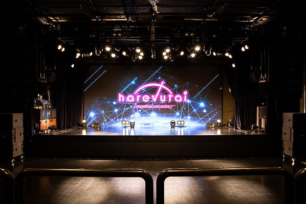 hall-front-01-01.jpg