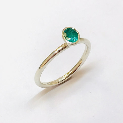 Oval emerald Stacker Ring