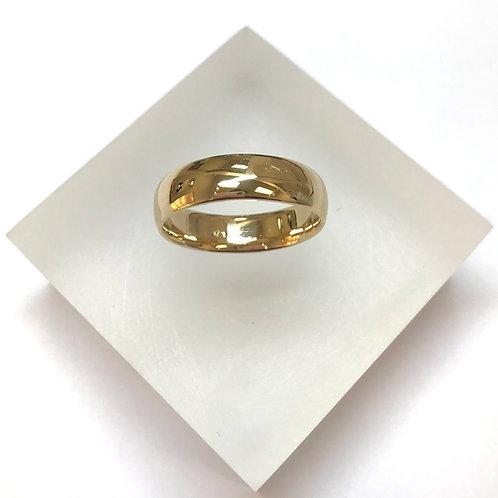 Court Band 9 Carat Gold Wedding Ring 5.5mm