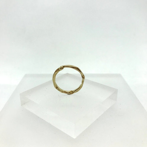 Get Knotted Gold Ring