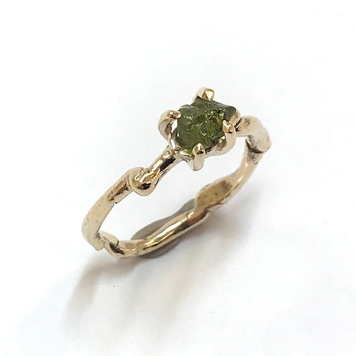 Get Knotted Green Sapphire Ring