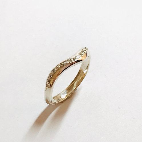 Mini Tidal Diamond Ring