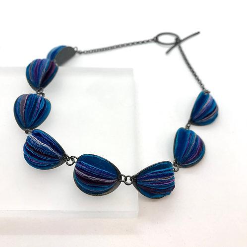 Paper Necklace by Naoko Yoshizawa