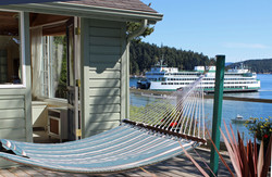 Mariner's Cottage and Ferry