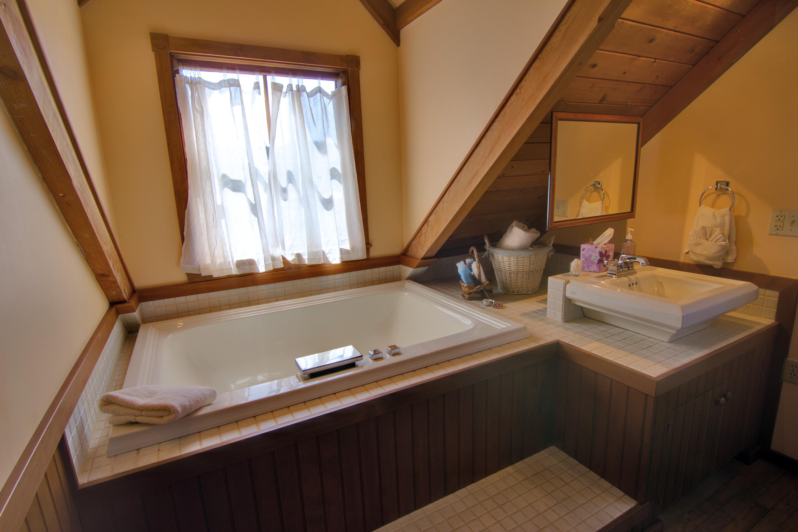 Day Dream Master Bath